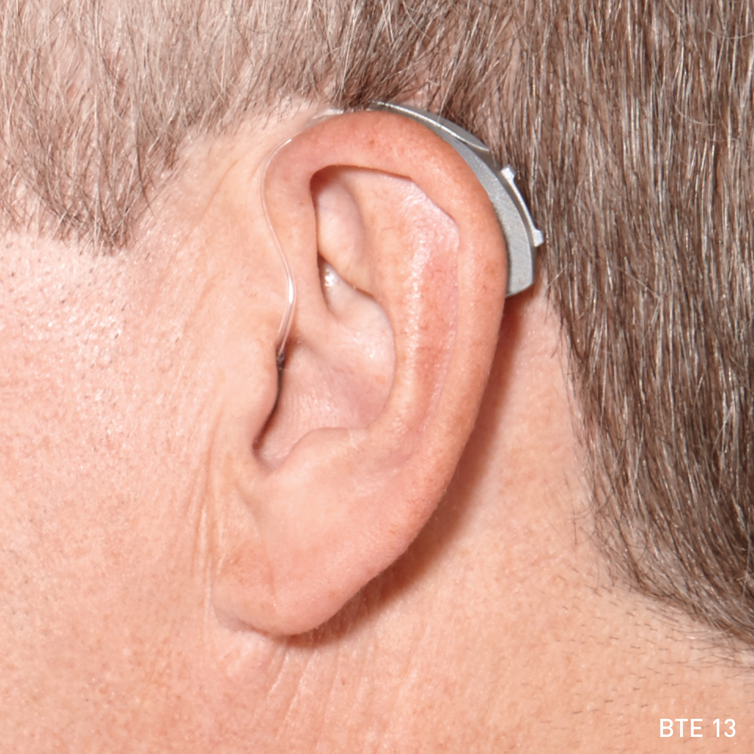 photo of Muse iQ BTE 13 on ear in situ